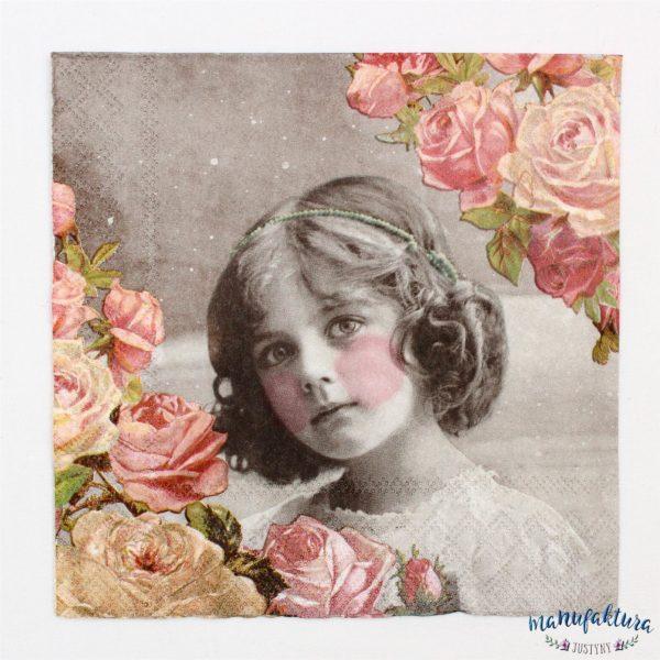 Serwetka A04 – dziewczynka z różyczkami