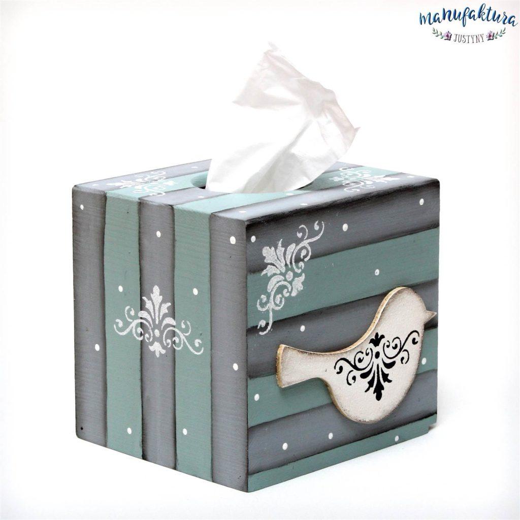 chustecznik - tissue box